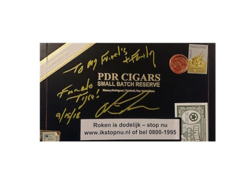 PDR-Small-Batch-Maduro-Robusto-Signed-Box
